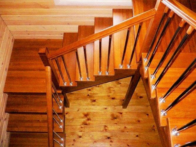 Лестница 180 градусов поворот