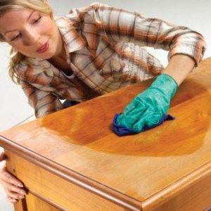 полировка мебели скипидаром