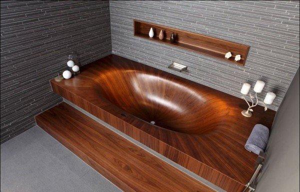 Деревянная ванна из цельного дерева