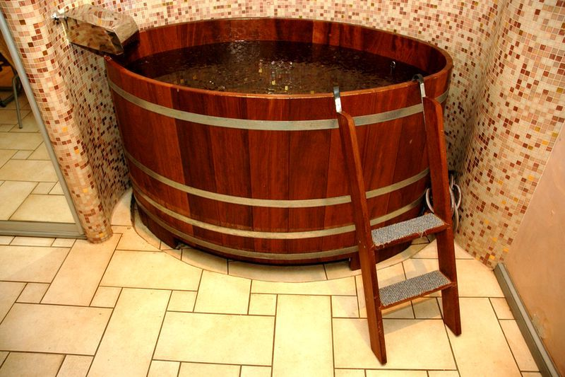 деревянная ванна из клепок своими руками