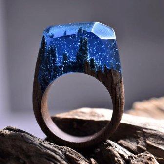 деревянное кольцо со смолой зимняя ночь
