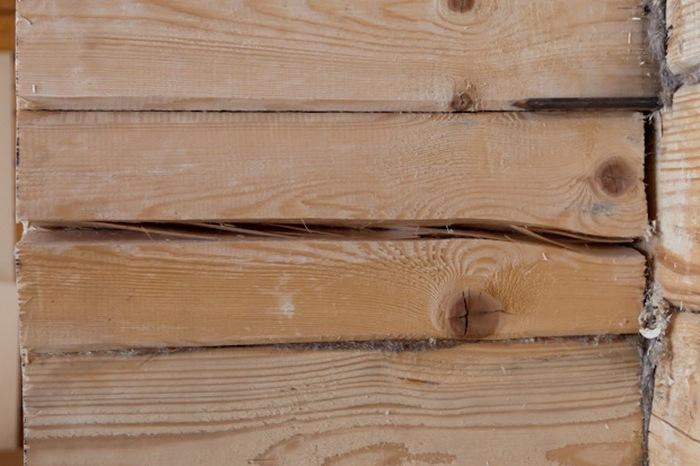 появились трещины в стенах дома из бруса