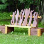 Деревянныя скамейка для дачного сада