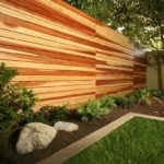 Современные деревянные заборы