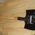Электро гитара из лопаты