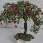 Как изготовить бисерное дерево