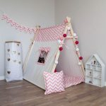 Детская игровая палатка из подручных материалов