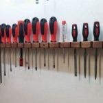 Самодельные настенные держатели инструментов