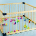 Безопасный детский манеж из экологичных материалов