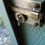 Надежный самодельный замок для гаража: как сделать из доступных материалов