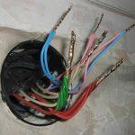 Соединение проводов в распределительной коробке: особенности и технология
