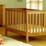 Самодельная переносная кроватка для малыша