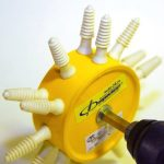 Три способа сделать устройство для ощипывания пераптицы своими руками