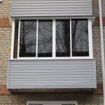 Как затонировать балкон своими руками