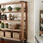 Как из подручных материалов собрать стеллаж для дачного домика