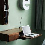 Как сделать выдвижную полку для ноутбука с шарнирным креплением к стене