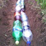 Дренаж дачного участка из обычных пластиковых бутылок