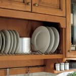 Встраиваемая в шкафчик сушилка для посуды из того что под рукой