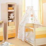 Самодельная кроватка для ребенка с роскошным балдахином