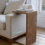 Удобный приставной столик для дивана и кровати своими руками