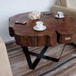 Большой столик со столешницей из древесного слэба своими руками