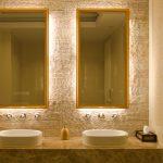Самодельное зеркало с подсветкой в ванную комнату