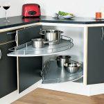Самостоятельная установка полки-карусели в угловой шкаф кухонного гарнитура