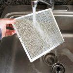 Простой способ очистить вытяжку от жира