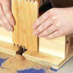Как с помощью обычного лобзика сделать ящики с креплением паз-шип