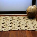 Стильный коврик из джутовой веревки за считанные минуты