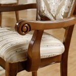 Как смастерить деревянный стул-кресло с мягким сидением