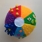 Как сшить мягкий бизи-мяч для развития ребенка своими руками