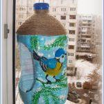 Красивая кормушка для птиц из пластиковых пятилитровок