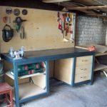 Как сделать слесарный верстак в гараж из подручных материалов