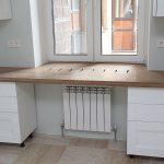 Практичный широкий подоконник-стол своими руками