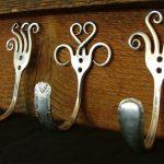 Вешалка для ключей из старых столовых приборов