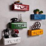 Как сделать декоративную полку из старого чемодана