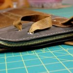 Красивый кошелек из старой кожаной сумки своими руками
