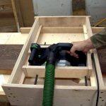 Самодельное приспособление для разметки листового строительного материала