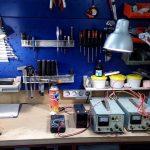 Как сэкономить на светильнике для мастерской, сделав его самостоятельно