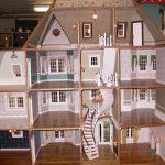 Шикарный кукольный домик из картона, который не будет вам стоить практически ни копейки