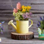 Как превратить старую лейку в шикарное кашпо для цветов