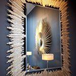 Как смастерить из картона и зеркала стильное украшение для стены