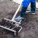 Как смастерить универсальную лопату для легкой перекопки дачного участка