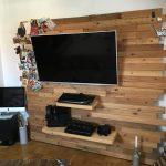 3 способа красиво задекорировать короб под телевизор в стене, с которыми справятся даже новички
