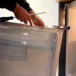 Как переустановить дверцу холодильника на другую сторону