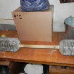3 способа сделать гантели и штангу из подручных материалов
