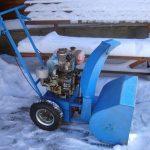 Как сделать удобный снегоуборщик из бензопилы