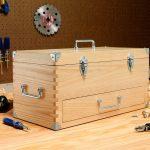 Вместительный ящик для инструментов своими руками