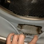 Как избавится от плесени в уплотнителе стиральной машинки